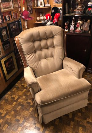 Rocker recliner for Sale in Parma, OH