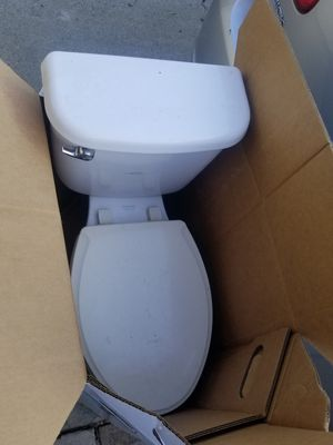 Free toilet for Sale in San Jose, CA