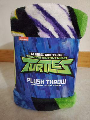 plush throw blanket for Sale in Marysville, WA