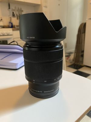 Sony 28-70 FE 3.5 - 5.6 Kit lens for Sale in Queens, NY