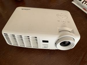 projector vivitek for Sale in Martinez, CA