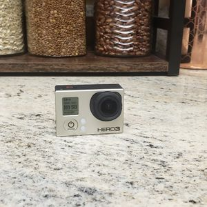 GoPro Hero 3 for Sale in Dunedin, FL