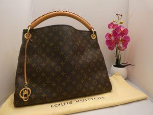 Authentic Louis Vuitton Artsy MM Monogram Canvas Hobo Shoulder Bag + Dust Bag for Sale in Chandler, AZ