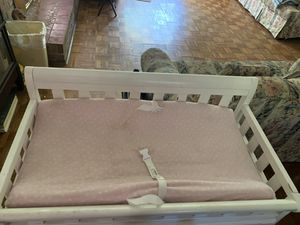 Diaper changing table for Sale in La Plata, MD