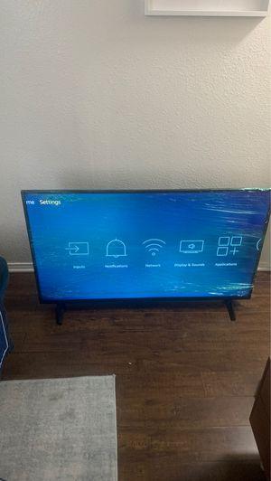 Insignia Smart TV 50 inch (W/ original remote) for Sale in Los Angeles, CA