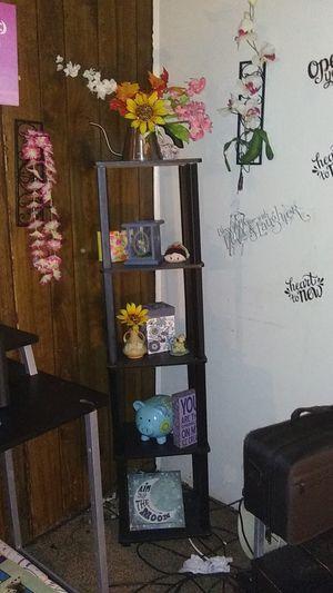 Shelf for Sale in Cedar Falls, IA
