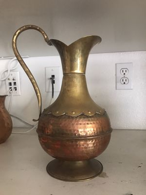 Antique vase for Sale in Canyon Lake, CA