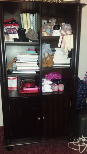 Wood office desk, 2 drawer printer stand, and bookshelf set (chair included) for Sale in Hillsboro, TN