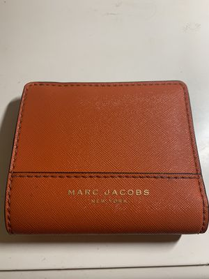 Marc Jacobs New York Red Black and Gold Genuine Leather Coated Bifold Wallet for Sale in Medina, OH