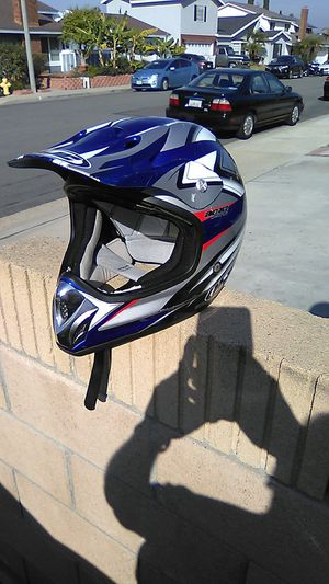 HJC MOTORCYCLE HELMET SIZE XL I REPLACED ALITTLE SECTION OF THE CLOTH INSIDE $60.00 OR BEST OFFER NO VISER for Sale in Lake Forest, CA