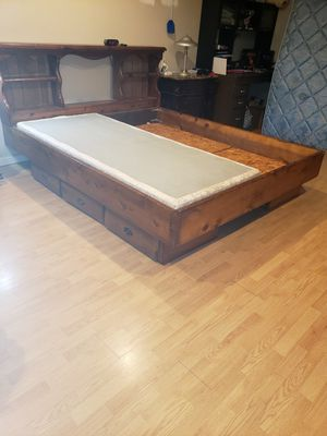 $150 King Bed w/ 6 drawer storage Mattress NOT included for Sale in Macon, GA