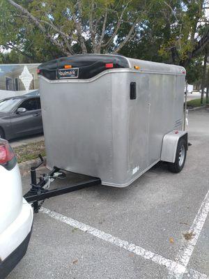 Trailer 5x8 title in hand ✋ brand new tires no leaks ramp door for Sale in Hialeah, FL