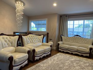 Leather Couch for Sale in Everett, WA