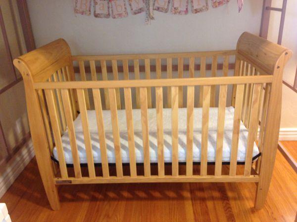Natural Wood Tone Crib