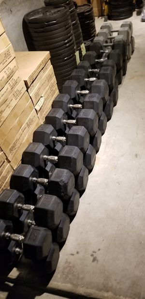 HAMPTON RUBBER HEX DUMBBELLS 50-100LB DUMBBELL WEIGHTS for Sale in Queens, NY