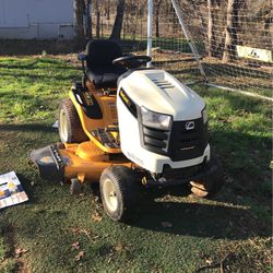 Tractor Cub Cadet for Sale in Mansfield,  TX