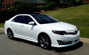 For Saleee 2012 Toyota Camry SE FWDWheels Clean! for Sale in Escondido, CA