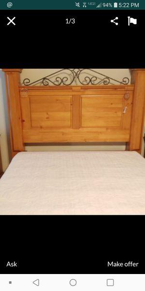 Queen Bedframe for Sale in Temple, TX