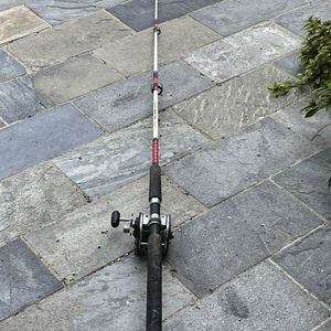 Shakespeare Sturdy Stick Fiahing Rod N Reel for Sale in Ladera Ranch, CA