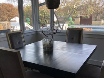Beautiful Dining Table for Sale in Dallas,  TX