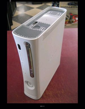 BROKEN XBOX 360 GAME SYSTEM CONSOLE DECK AS-IS for Sale in Grove City, OH