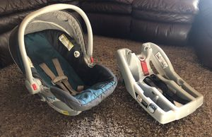 Graco Click Connect Baby Snugride Infant Car Seat & Car Seat Base Set (PRICE FIRM) for Sale in Visalia, CA