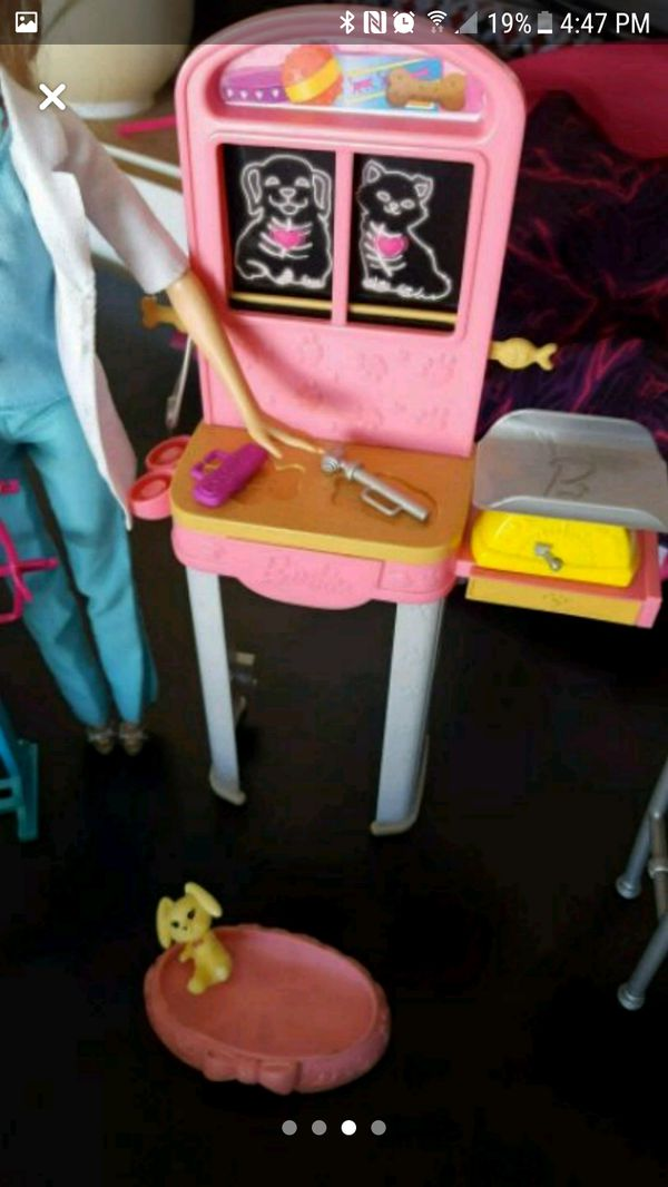 Barbie Doctor sets!! all 3 It comes with barbie doll and chelsie doll too!! great deal
