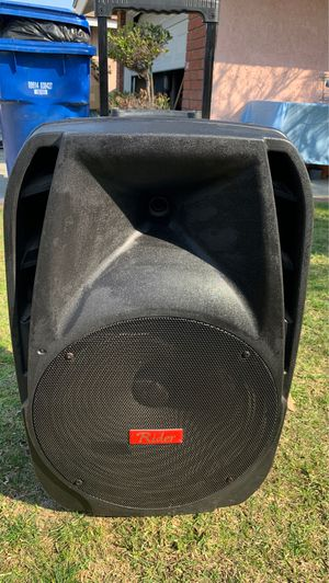 "15"" Bluetooth speaker for Sale in West Covina, CA"