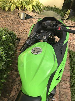 2019 Kawasaki ninja 400 for Sale in Miami, FL