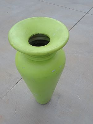 3 1/2 foot flower planter vase for Sale in Decatur, GA