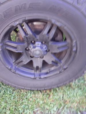 35 inc tires 18inc rims 12.5 wide for Sale in Newark, OH