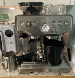 Breville The Barista Express Bes870Xl for Sale in Hermon, ME