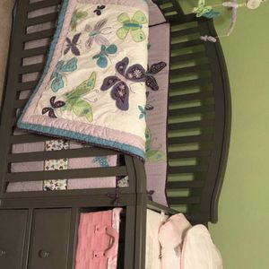 Berkeley 4 In 1 Crib W/ Changer, Mattress, Railing For Toddler Bed, And Bedding Set for Sale in Winthrop, MA