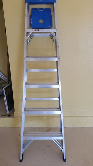 6 ft ladder for Sale in Pembroke Pines, FL