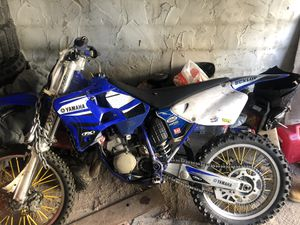 YZ 125 with Athena head full fmf aftermarket gear shifter bike hits hard for Sale in Philadelphia, PA