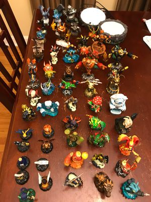 Activision skylander figurines toys for Sale in North Riverside, IL