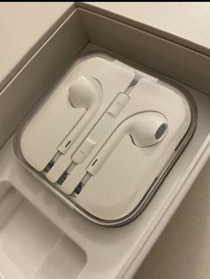 Apple headphones for Sale in Hilliard, OH