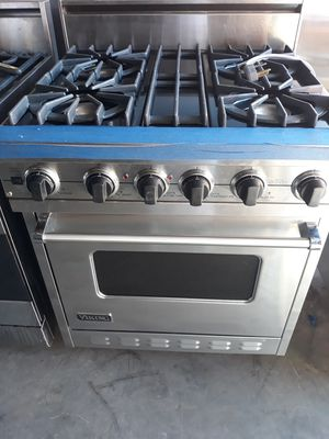 VIKING PROFESSIONAL STYLE DUAL FUEL RANGE WITH 4 BURNERS for Sale in Hayward, CA