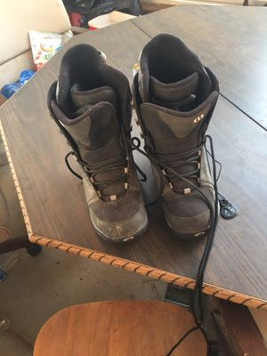 Snow boots men's size 8 for Sale in Hesperia, CA