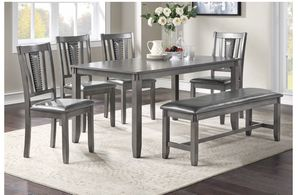 Dining table set 6 pcs for Sale in Huntington Beach, CA