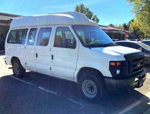 2008 Hightop E-150 Van with Handicap Lift for Sale in Sacramento, CA
