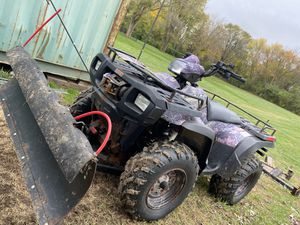 Polaris 600 AWD with Plow for Sale in Ingleside, IL
