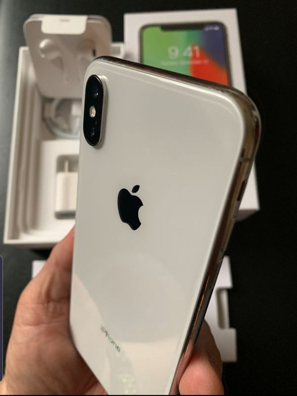 """iPhone X 64GB FACTORY UNLOCKED"""" Like new with warranty"""