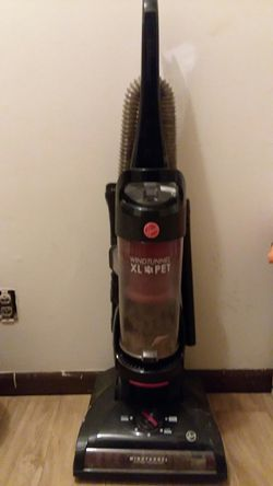 Hoover Wind Tunnel XL Pet for Sale in Murfreesboro,  TN