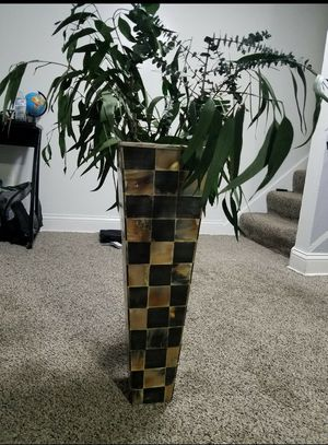 Vase with artificial plant for Sale in Niles, IL