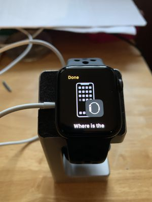 Apple Watch Series 4, 40mm Nike+ Space Gray & Four Extra Bands for Sale in Minneapolis, MN