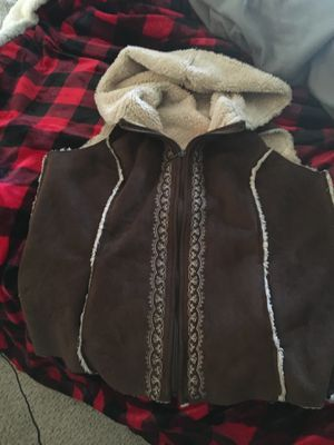 Ladies fur vest size large for Sale in Saint Charles, MO