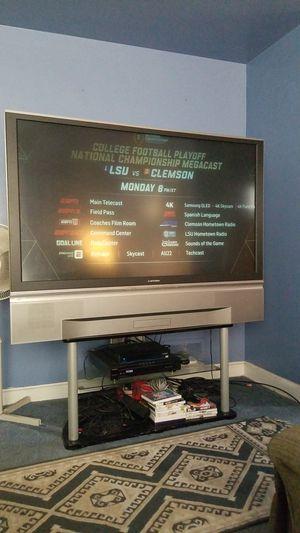 60 inch Mitsubishi tv for Sale in Oxon Hill, MD