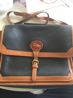 Dooney and Bourke messenger bag for Sale in Virginia Beach, VA