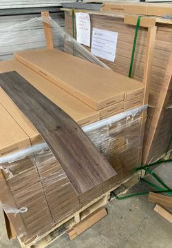 Flooring liquidation sale 👍🏽👍🏽👍🏽 KAGW for Sale in China Spring,  TX